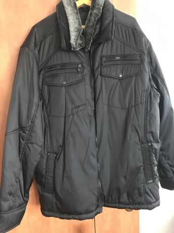 Продам зимесезонную куртку