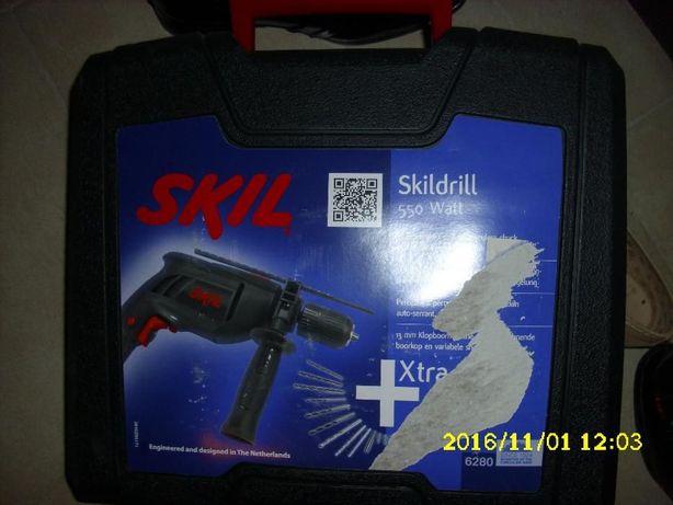 Masina de gaurit cu percutie SKIL, 550w,
