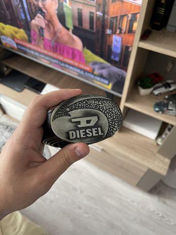 Curea Diesel piele100% ca nou! Schimb