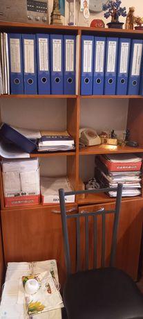 Шкаф и полки офисные