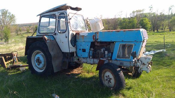 Трактор  форшит ..