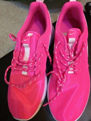 Adidași Nike 38.5 noi