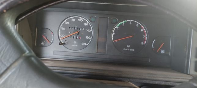 Авто не на ходу только кузов двигатель в разборе отдам цена 400000