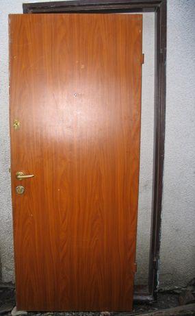 Uşă metalica de apartament