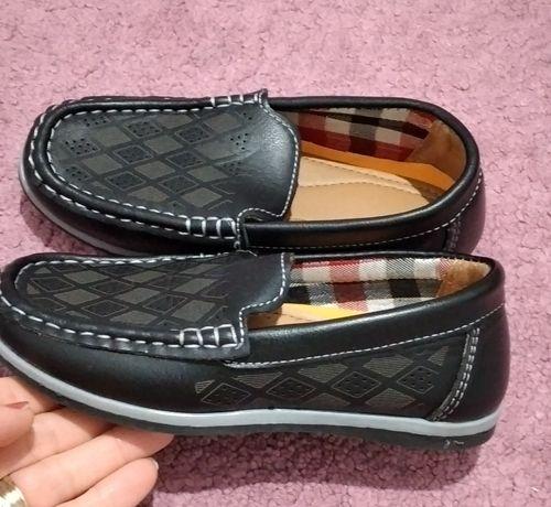 Pantofi noi marimea 30