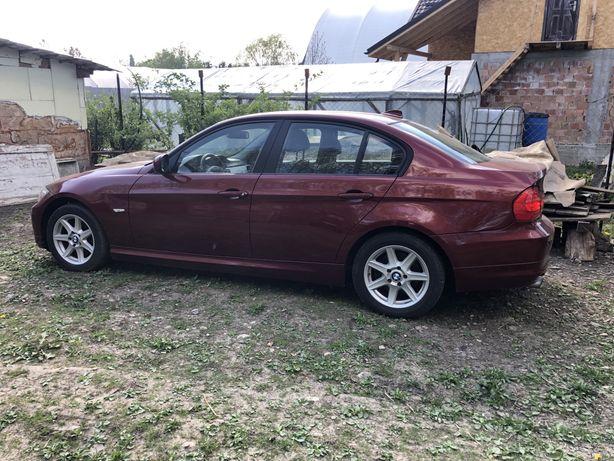 Discuri frana + etrir (etrieri) BMW E90 facelift 2011