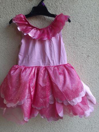 Rochie delicata, roz cu petale, 3-4 ani