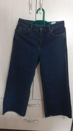 Бренд defacto.  Продаётся женские джинсы, * новый *