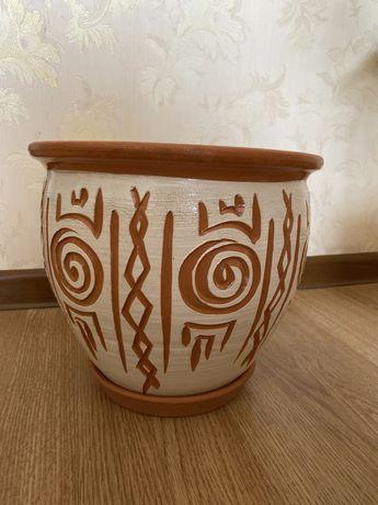 Продам горшок керамика
