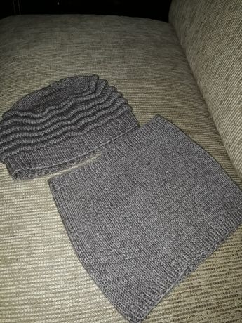 Продам вязаную шапку со снудом