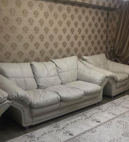 Диван +2 кресло продам