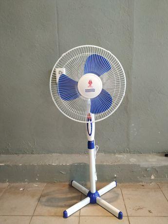 Вентилятор напольный абсолютно новый