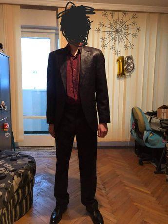 Мъжки костюм за бал