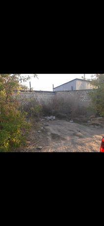 Продам землю под гаражи в г/к Восток по улице Шолохова