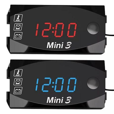 Два модела дигитален часовник термометър волтметър дата