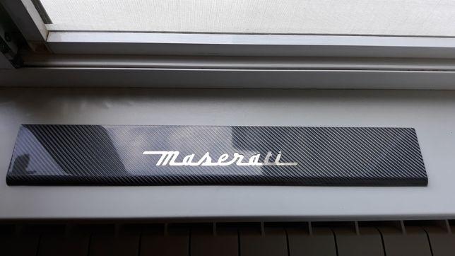 Ornament prag Maserati