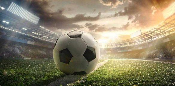 Тренировки по мъжки и дамски футбол в Поморие