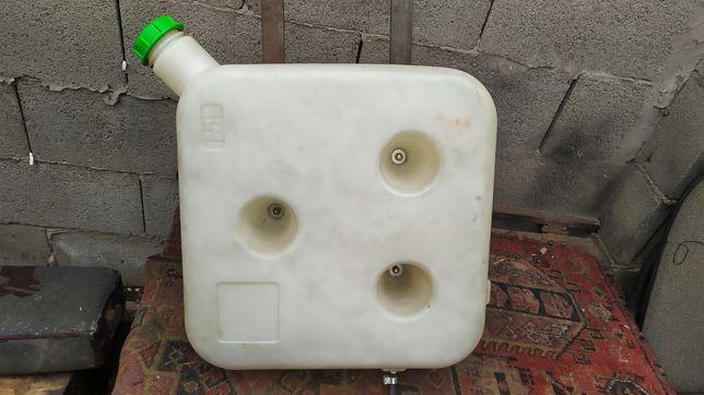 Топливный бак для автономной печки.