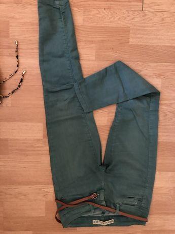 Pantaloni verzi Zara trafaluc, marimea S- cambrati 100% bumbac, lejeri