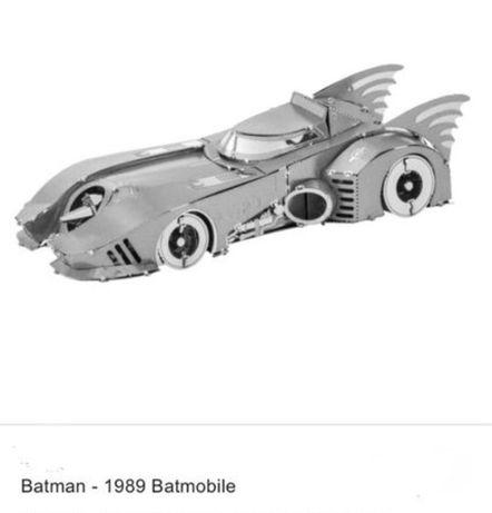 Собери 3D модель Бэтмобиль