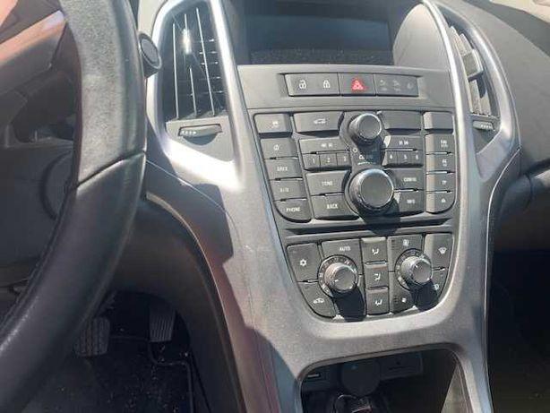 Panou climatronic Opel Astra j Sedan