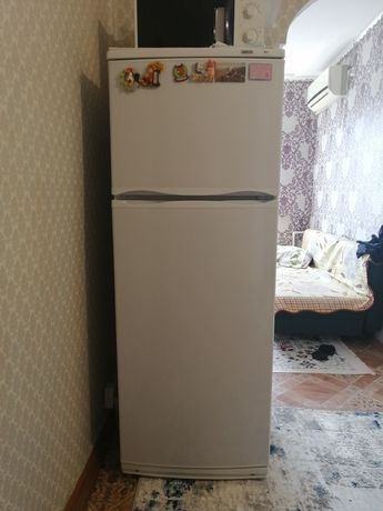 Холодильник сатамын 2 ай болды усталынганга