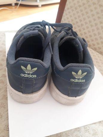 Подам несколько обуви для мальчика б/у