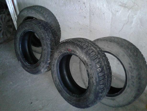 Зимние шипованные шины Bridgestone 185 65 R14