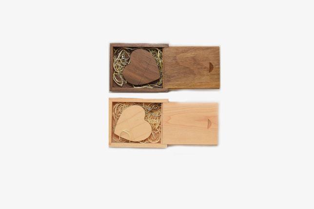 Stick Usb 3.0 8/16/32 64 GB + cutie din lemn