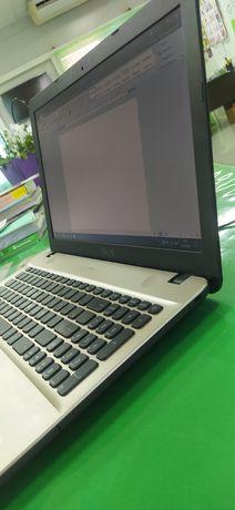 Ноутбук ASUS с сумкой