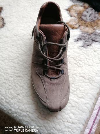 Обувки Stadler...
