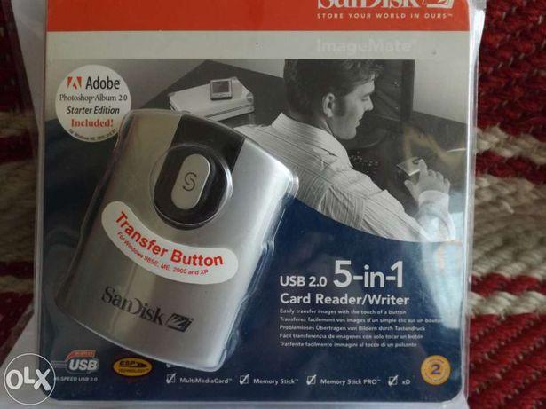 Cititor de SD card  Card Reader / Writer ,,SAN DISK ''5 In 1 .
