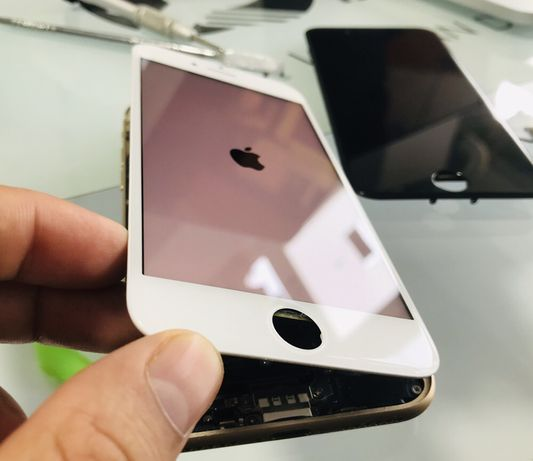 Display/Ecran iPhone 7 și 8 Original stare perfectă de pe telefon!