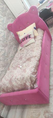 Две кровати мишки цвет малина и фиолетовый
