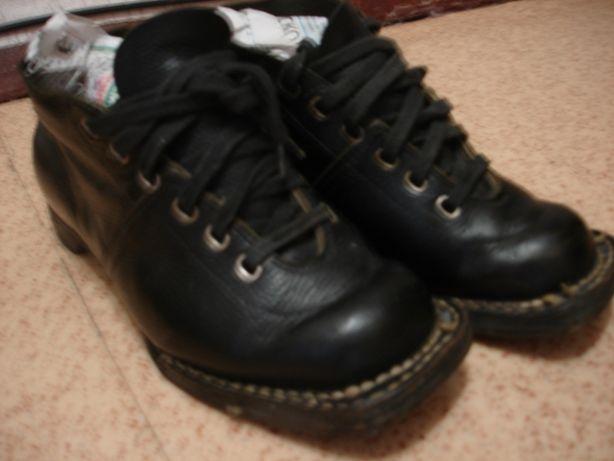 Ботинки советские для лыж р36