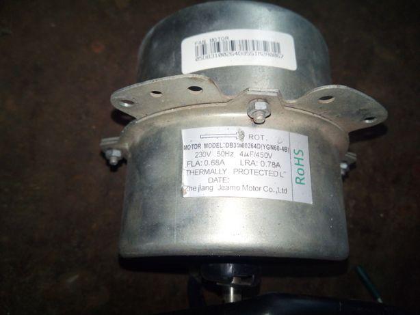 2 двигателя вентилятора внешнего блока кондиционера