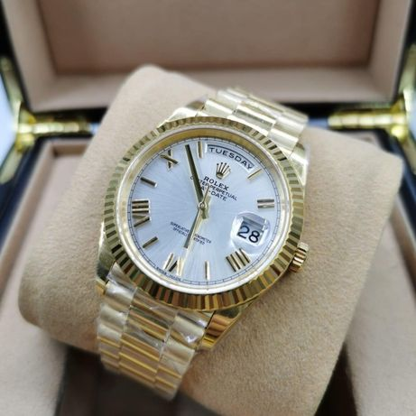 Rolex Day-Date 41MM Gold White Automatic 01