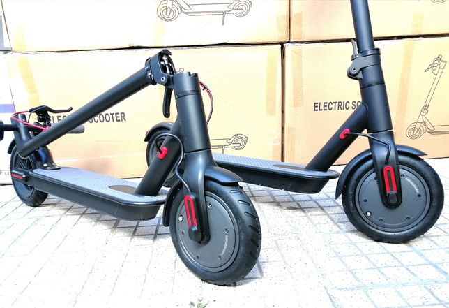 Trotineta Electrica M365 Display / 25km/h / bluetooth