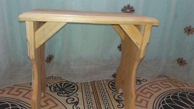 Scaune din lemn