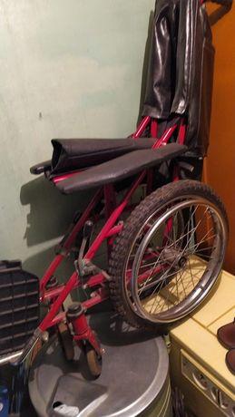 Отдам детскую инвалидную коляску