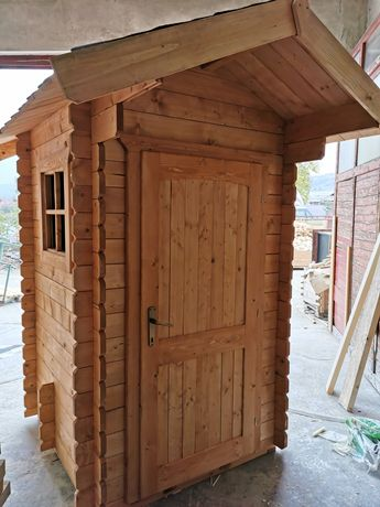 Toaleta externa - WC din lemn