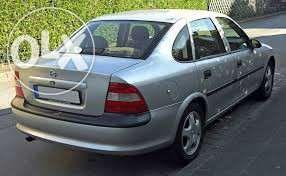 Dezmenbrez Opel Vectra B 2.0 benzina 1997