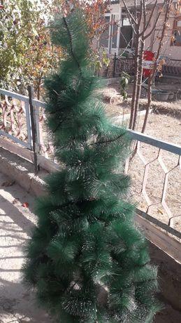 Продам елку на новый год