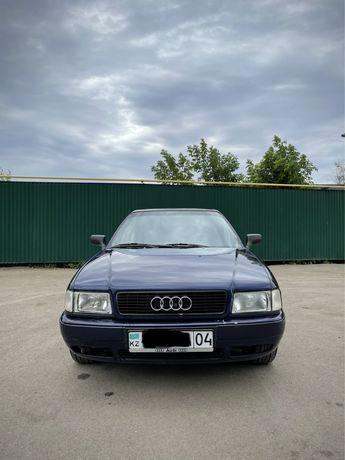 Audi80 B4