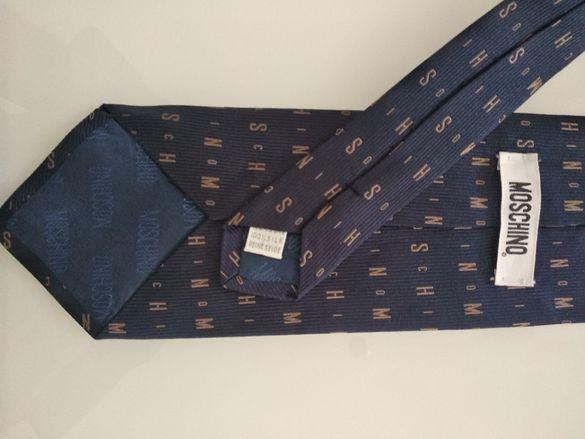 Вратовръзка Moschino