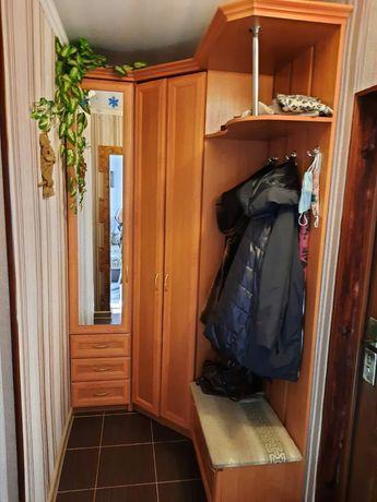 Прихожка угловой шкаф