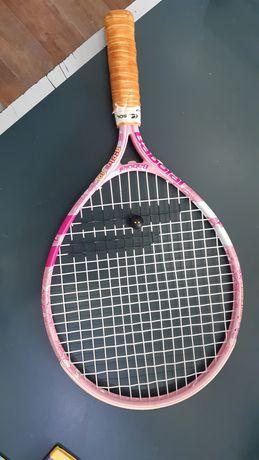 Продам ракетку тенисную
