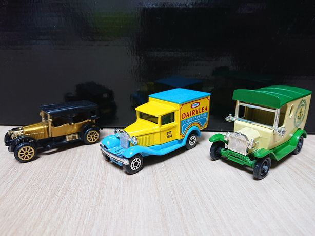 Set masinute metalice diecast clasice retro Lledo Matchbox - de epoca