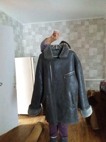 Продам зимние куртки.