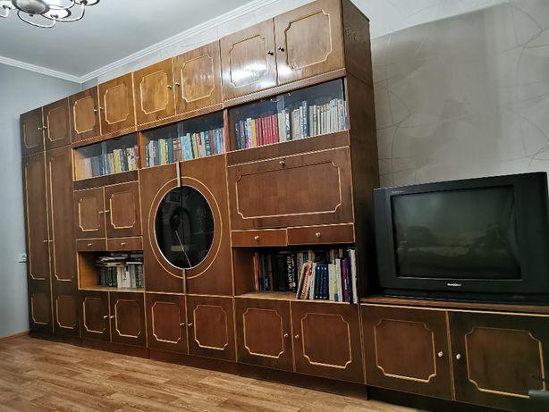 Шкаф-стенка в зал